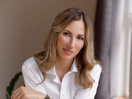 Anastasia Krayussak Trainer Meder Beauty Benelux